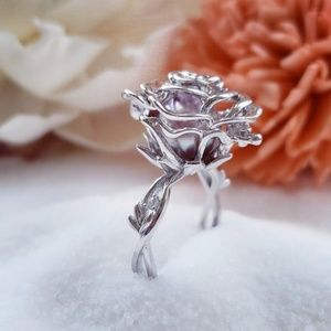 Adjustable rose cage ring exclusive